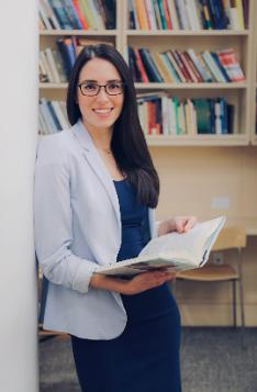 Photo of Dr Alison Martingano