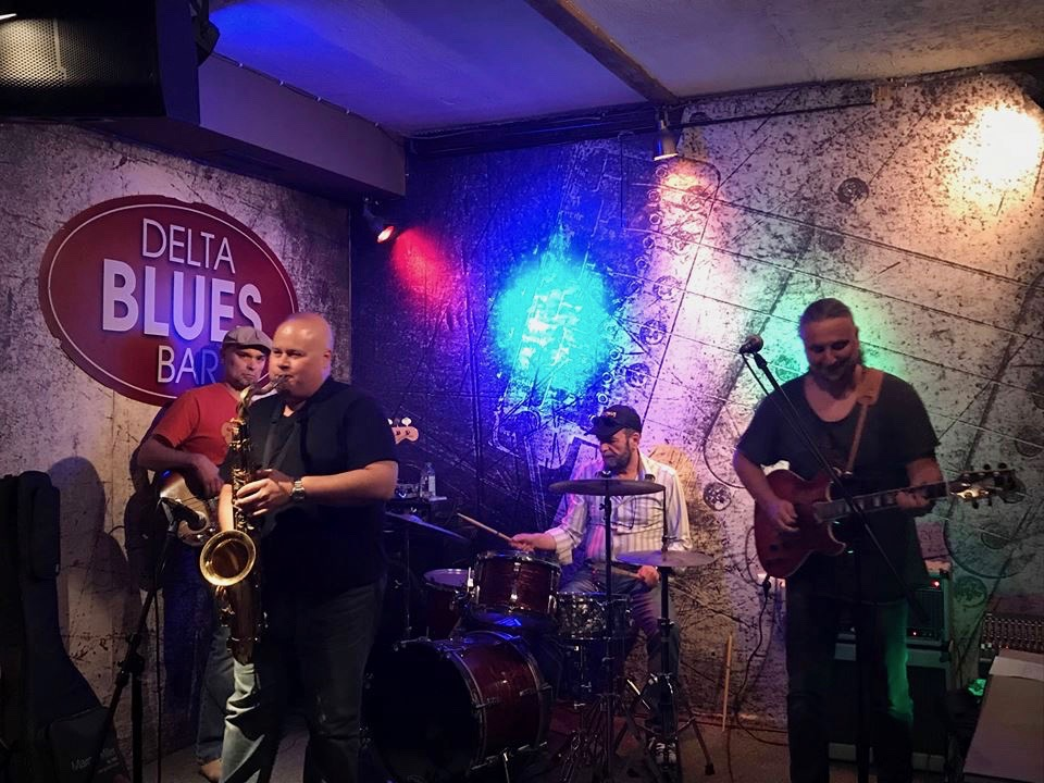 Jesse Scinto playing saxophone at the Delta Blues Bar